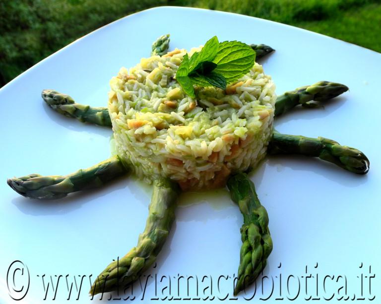 riso-basmati-integrale-con-ragu-di-seitan-agli-asparagi