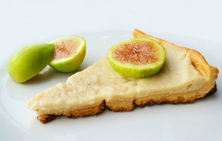 Crostata con crema al limone e fichi